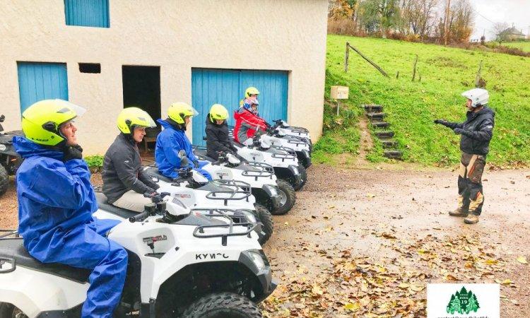 Briefing de départ pour randonnée quad à Corrèze pour l'entreprise Société Générale